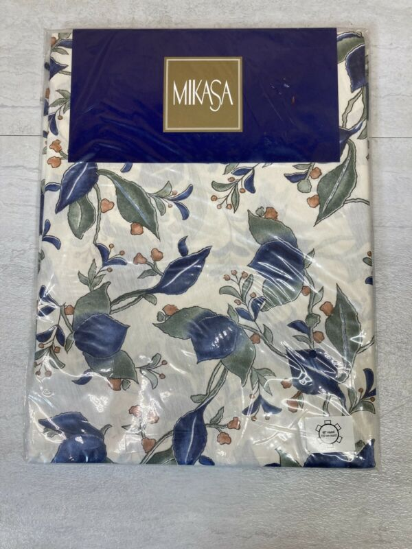 """New Mikasa by Trendex Arabella Pattern 60"""" Round Tablecloth"""