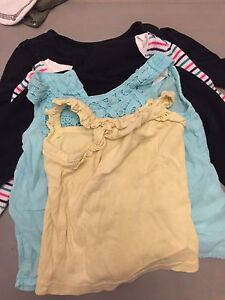 5 size 6-9 mths girl tops