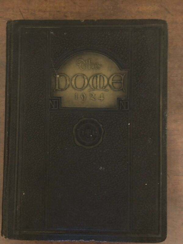 1924 Notre Dame Yearbook