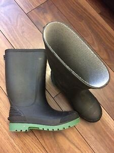 ALMOST NEW Kids Rubber Boots Size 1 - TWO PAIRS!