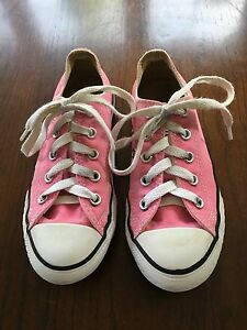 GIRL'S CONVERSE ALL STAR SHOES