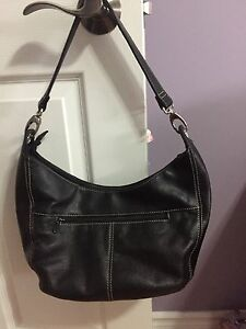 Hush Puppies All leather Purse