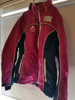 XL size 14-16 Ladies Ski jacket