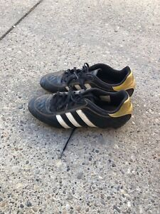 Size 7 cleats adidas