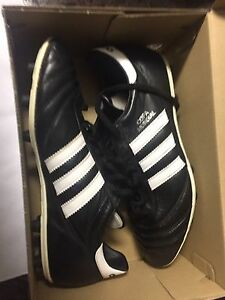 Addias Copa Mondial size 9 cleats