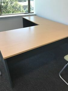 L shaped desk in great condition - - MUST GO! Macquarie Park Ryde Area Preview
