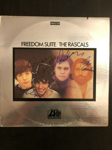 THE RASCALS FULL BAND SIGNED AUTOGRAPH - VINYL ALBUM RECORD LP - FREEDOM SUITE