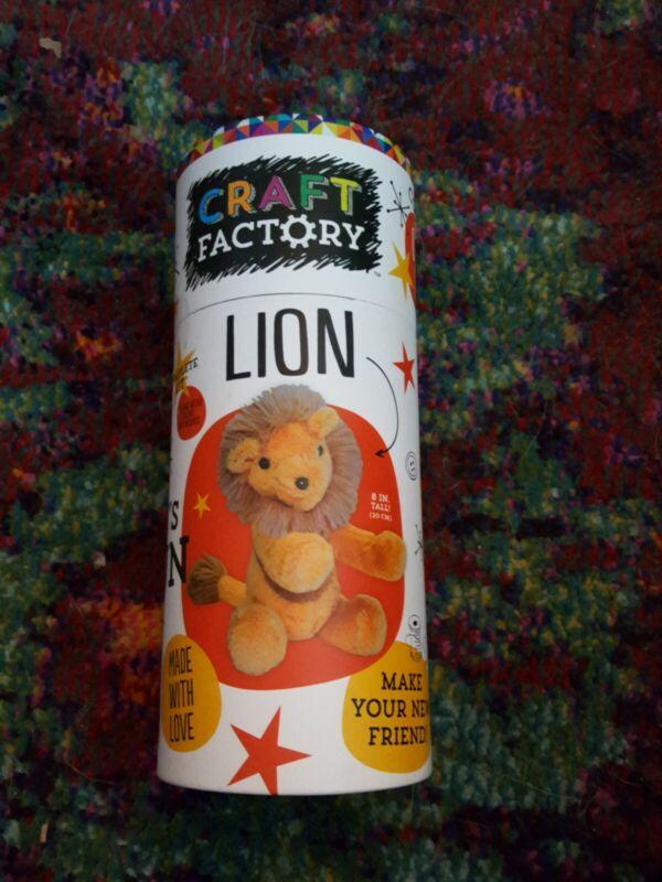 Craft Factory Tube Lion Kit