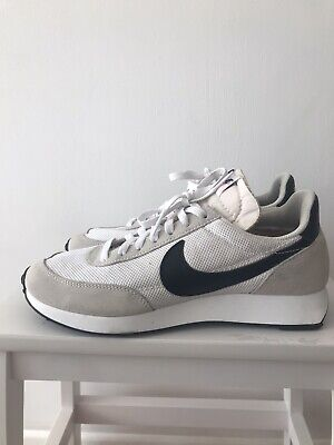 NIKE AIR TAILWIND 79 TRAINERS Size 8