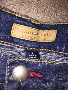 AUTHENTIC Tommy Hilfiger & 2 Abercrombie WOMENS jeans