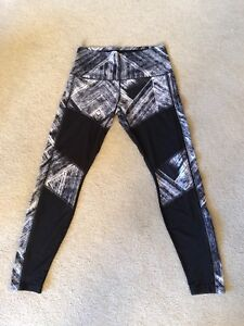 Lululemon Tights size 10