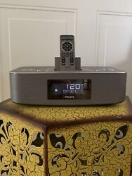Philips Alarm Clock Radio With iPod/iPhone Docking Station And Remote