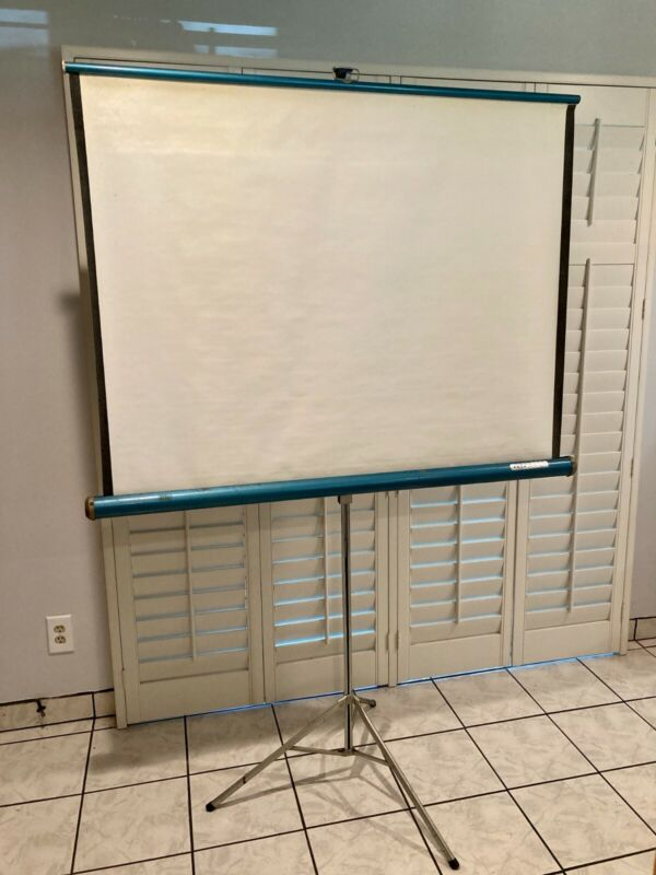 Vintage Knox Four Hundred Projector Screen 50x50 Tripod Base