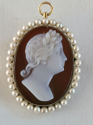 Antique 14K Yellow Gold Mounted Stone Cameo Brooch Pendant Surrounded by Pearls