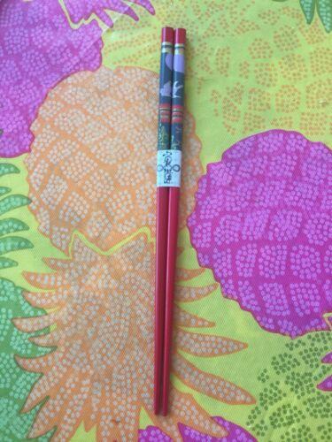 JAPANESE RED  PURPLISH / LAVENDERISH CHOPSTICKS / HAIRSTICKS SCENERY W/ FREE