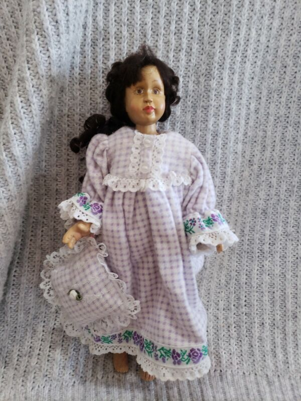 """Vintage Robert Raikes 8 3/4"""" Carved Wood Wooden Hitty Friend Doll"""