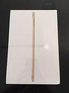 Brand new iPad Mini 4 16GB Cellular Gold Deeragun Townsville Surrounds Preview