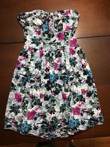 Dresses both Size Small