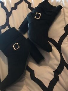 Women's heeled boots (Can deliver in Sussex n Moncton)