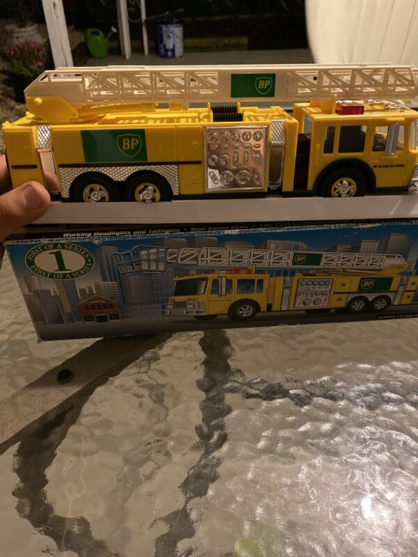 BP 1996 Aerial Tower Fire Truck Collectors Edition New in Box Rare Truck