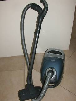 Miele S5980 Power Brush Vacuum Cleane -2200w Chester Hill Bankstown Area Preview