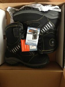 Wind river thermoelectric heated boots size 11