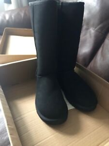 Authentic Ugg boots classic tall size 8 black Very Rare