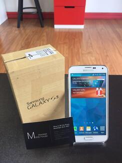 Demo Samsung S5 16G Black & White, Perfect Condition