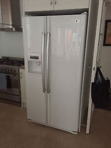 Fridge with water and ice maker Beaumont Burnside Area Preview