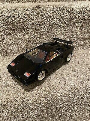 1/18 scale Model BURAGO  Lamborghini Countach 1988 black - See Description