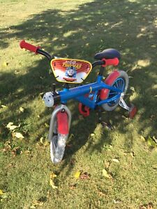 Kids Thomas The Train Bicycle with training wheels