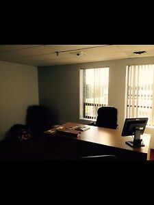 Small private office beautifully appointed Oakville / Halton Region Toronto (GTA) image 1