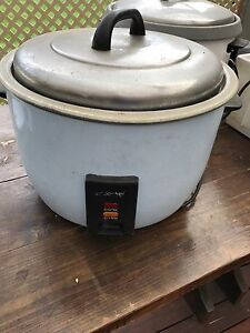 COMMERICIAL rice cooker Eumemmerring Casey Area Preview