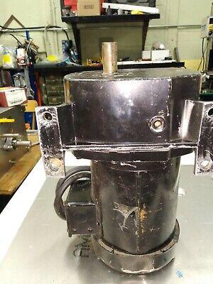 Leeson Gearmotor 12hp 133rpm 208-230v 3 Phase Frame 48y Model Cat 17f7528