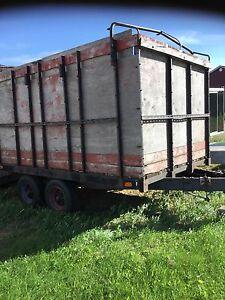 8 x12 trailer