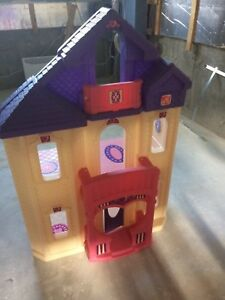 Maison de poupée Step2