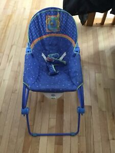 Fisher price vibration chair for baby