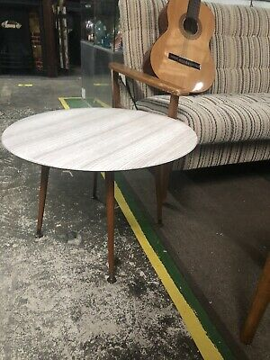 FORMICA TOPPED COFFEE TABLE 1960S RETRO/VINTAGE SPUTNIK LEGS