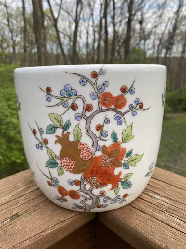 Vintage Hand Painted Asian Planter Porcelain Flower Pot With Gold Accents SIGNED