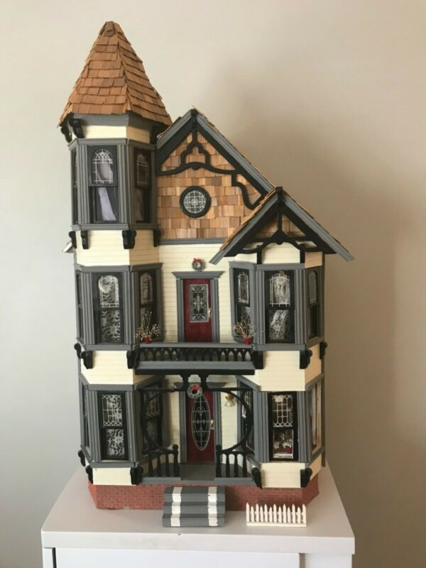 Vintage Victorian 1:12 Dollhouse, 3.5 ft tall, 6 rooms