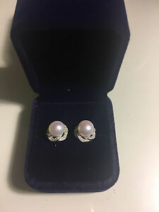 New fresh water pearl earrings