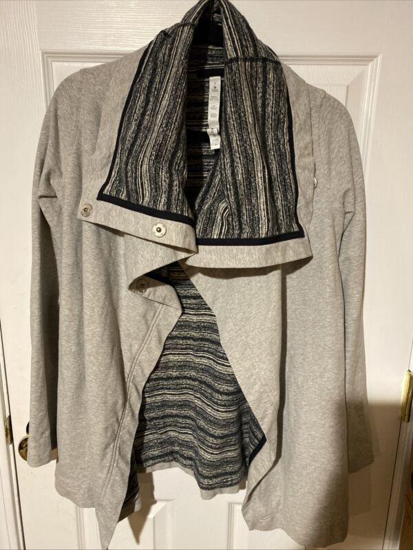 Lululemon Size 2 Savasana Wrap Yoga Sweater Jacket