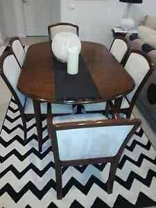 Parker 7 piece dining suite extendableble Forresters Beach Gosford Area Preview