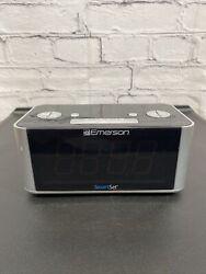 Emerson Dual Alarm Smart Set FM Clock Radio Auto DST Aux In USB Charging