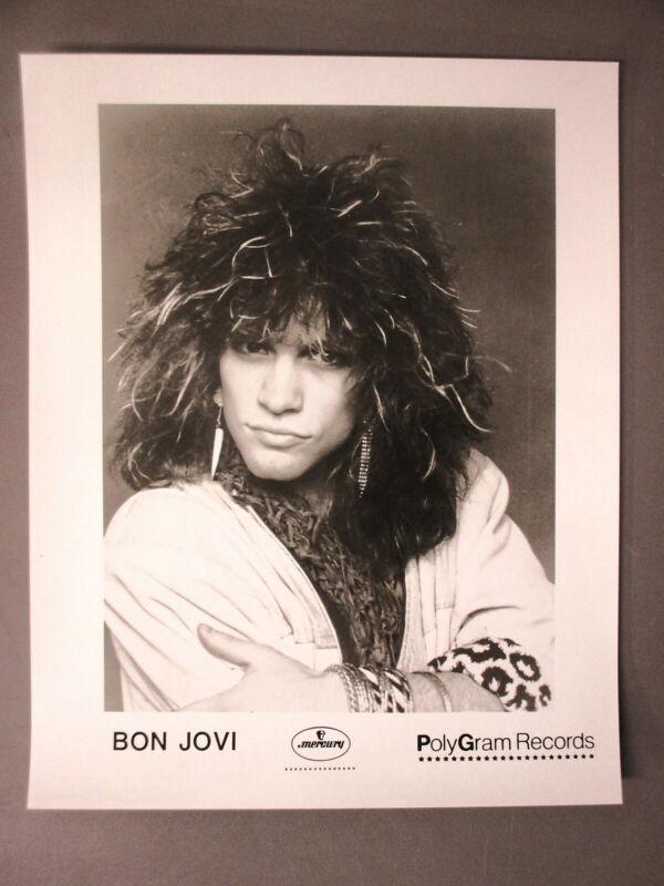 Bon Jovi promo photo 8 X 10 glossy black & white Jon Closeup !