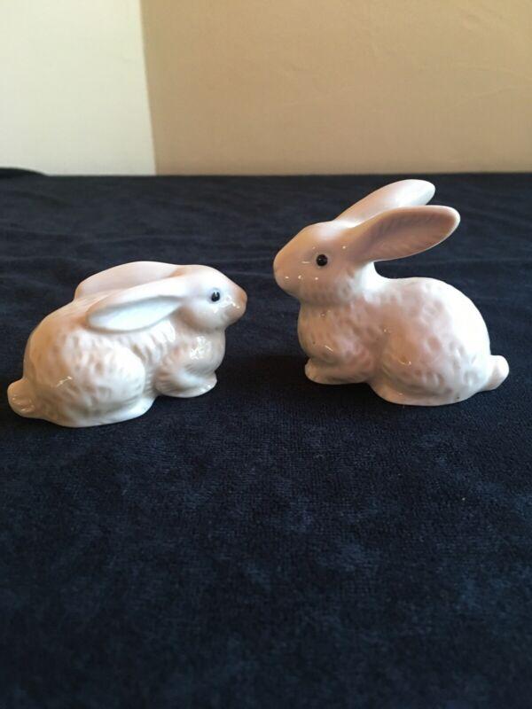 """SET OF 2 Vintage OTAGIRI Rabbit Bunny 2-1/2"""" Ceramic Figurines; Japan"""