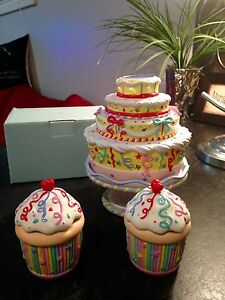 Party lite Ceramic Birthday Cake and Cupcakes