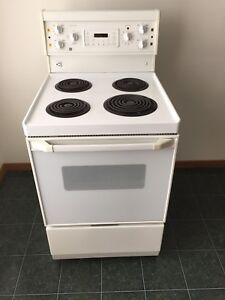 GE Apartment Size Stove