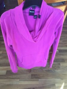 Bench ladies sweater size small