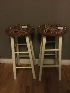 Assorted stools & bar chairs